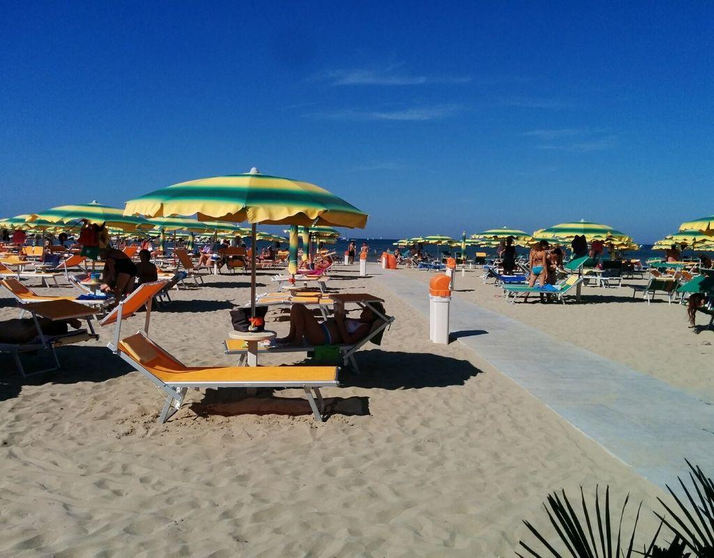 La Spiaggia - Bagno Riviera 1 di Rivabella - ombrellone spiaggia