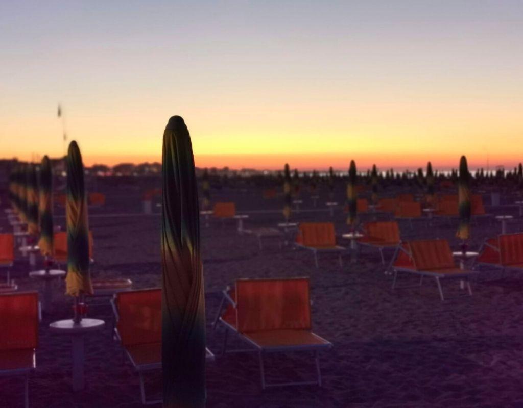 Bagno Riviera 1 Rimini a Rivabella (4) - spiaggia tramonto